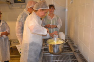 """Wyjazd studyjny: """"Od teorii do praktyki w farmerskiej produkcji sera"""""""